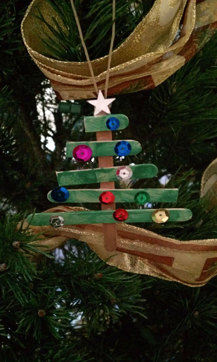 Handmade Christmas Ornament_Christmas Tree made from popsicle sticks