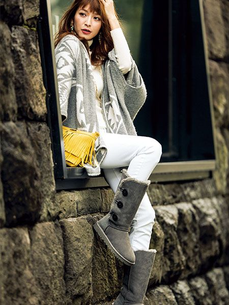 いつものUGGをおしゃれに見せる!4つのコーディネート術 #ホワイトデニム #デニム #whitedenim #denim #UGG #Fashion #mitsukiohishi #大石参月