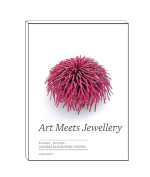 Art Meets Jewellery. 20 Years of Galerie Slavik, Vienna.  © By the author. Read    Klimt02.net Copyright   .
