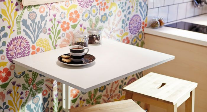 Drop leaf table with two step stools