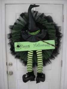 I'm going through a wreath obsession...this is happening at Aspen this Halloween!  #aspenheights