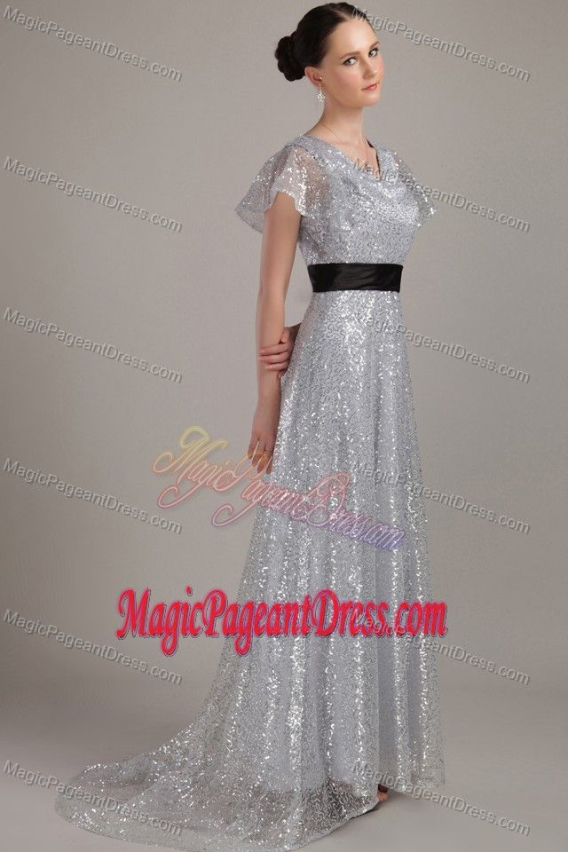 Brush Train Sequined Belt Girl Pageant Dress