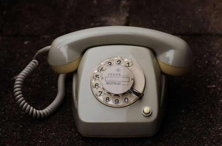 To γνωρίζατε; Γιατί πατούσαμε το «0» παλιά στα τηλέφωνα;