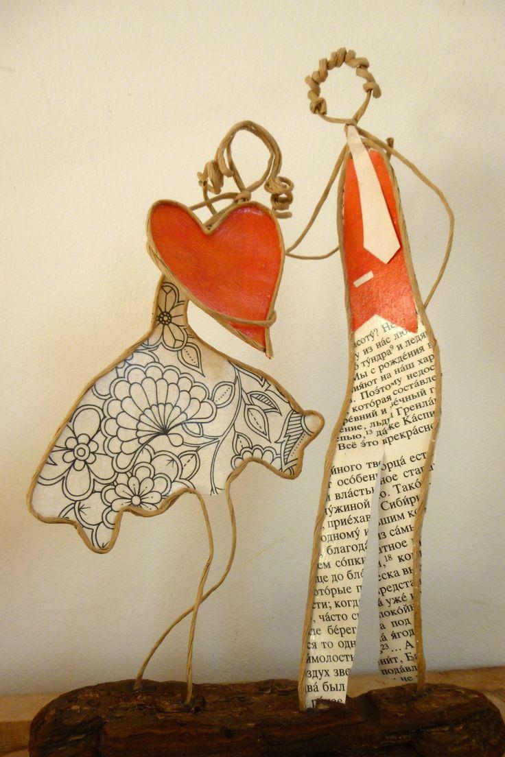 Escapade amoureuse - figurines en ficelle et papier