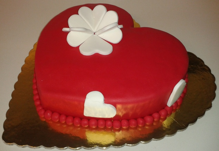 Sweet heart With Sugar Paste