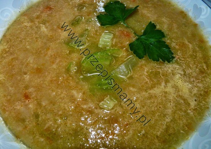 Zupa z selera naciowego z curry