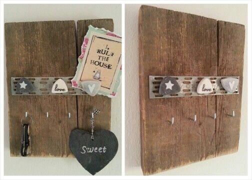 Steigerhouten sleutel bord met magneten