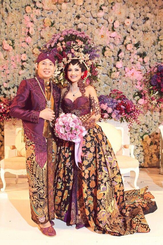 Tika adi-kebaya pengantin