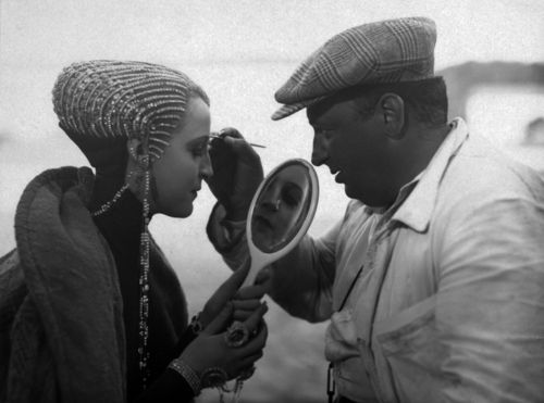 fritz lang on the set of metropolis, 1926 - let us make all possible faces