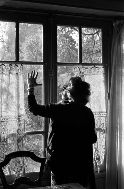 Marguerite Duras, Trouville (France), 1980-1994 -by Hélène Bamberger  [ref.: Hélène Bamberger, 'Marguerite Duras de Trouville' (Éd. de Minuit, 2004)]