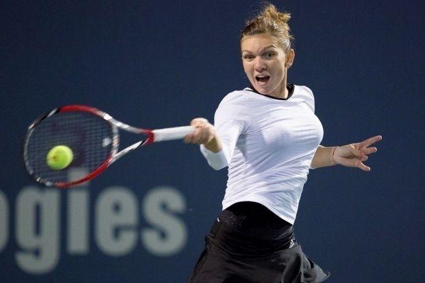 Simona Halep, care a ajuns până în semifinale la turneul de la Stuttgart, a urcat de pe 5 pe locul 4 în clasamentul WTA de simplu, cu 5206 de puncte, conform ierarhiei dată publicităţii luni, citată de news.ro.