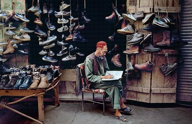 Steve McCurry: The Unguarded Moment - Shoe Store, Kabul, Afghanistan 1992