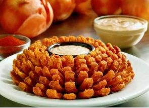 Outback Steakhouse: FREE Bloomin' Onion and Beverage for Military Members (11/11 Only)