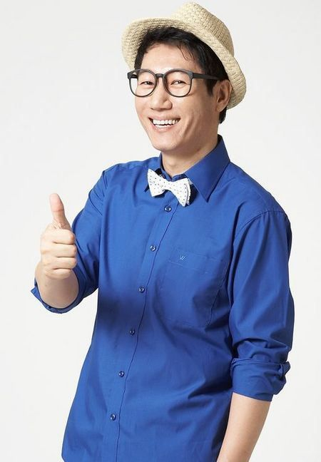 Ji Suk Jin, also known as Impala, and Big Nose Brother. When he is ousted, the race starts... But he will go to great lengths to be the star of the show.