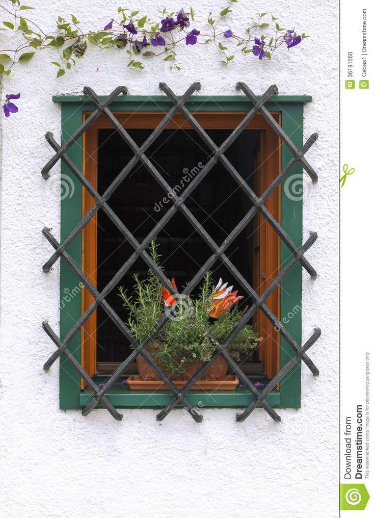 Balcony Window Grill Design: 17 Best Ideas About Balcony Grill Design On Pinterest