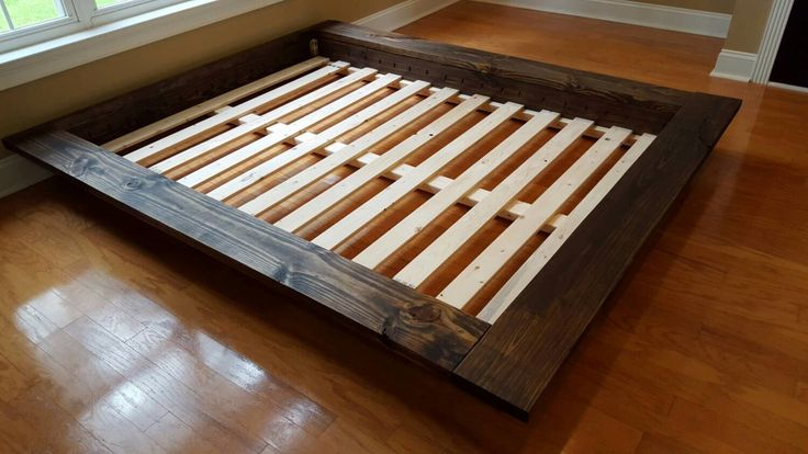 Custom Solid Wood, Floating Platform Bed, Loft Bed, Low Profile Bed, With or Without Slanted Headboard(Etsy のPeaceLoveWoodより) https://www.etsy.com/jp/listing/241668713/custom-solid-wood-floating-platform-bed