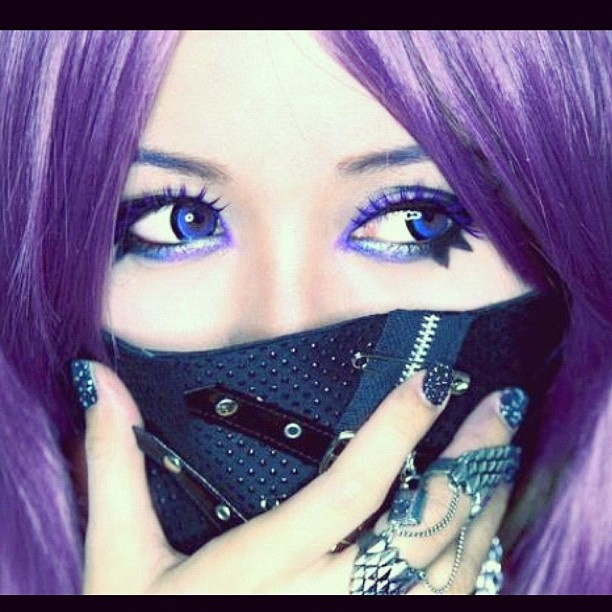 Cyber Gothic Anime (makeup tutorial) http//www.youtube