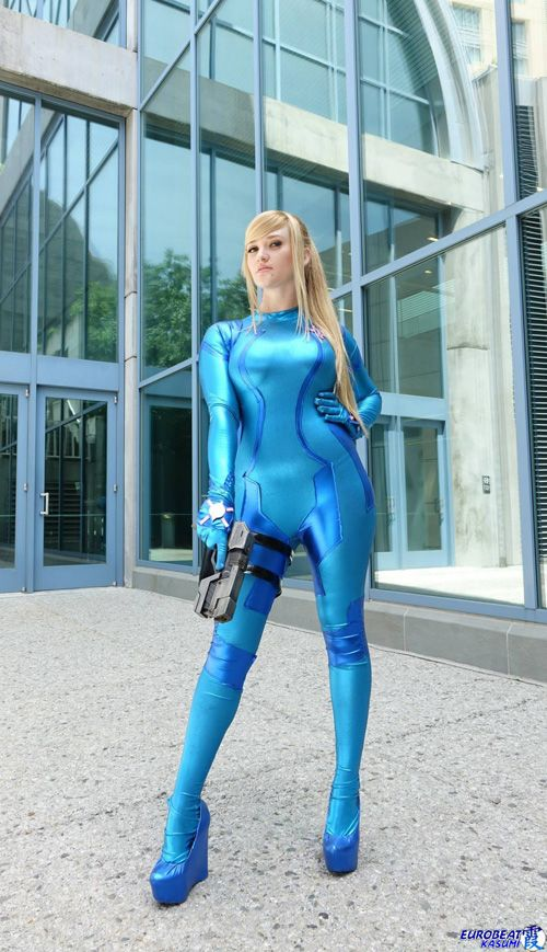 Zero Suit Samus Cosplay http://geekxgirls.com/article.php?ID=3170