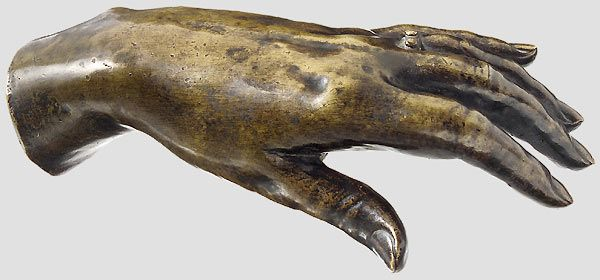 A bronze cast of Empress Elisabeth's hand, made after her death.