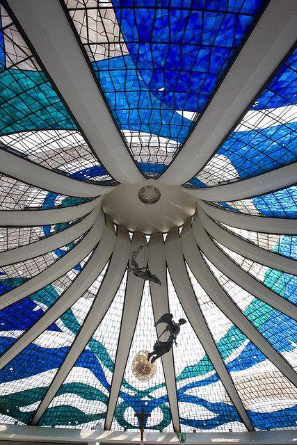 A Catedral de Brasília é a catedral católica romana servindo Brasília, Brasil, e serve como sede da Arquidiocese de Brasília. Ele foi projetado por Oscar Niemeyer, e foi concluído e dedicado em 31 mai 1970