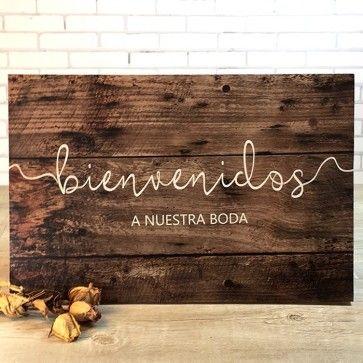 """Presentamos el cartel """"Bienvenidos a nuestra boda"""" por 17,95€... ¡es posible personalizarlo! http://www.unabodaoriginal.es/es/cartel-bienvenidos-a-nuestra-boda.html"""