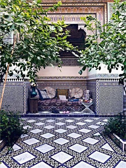 perfect afternoon reading spot: Interior Design, Idea, Style, Outdoor Living, Moroccan Courtyards, Tile, Patio, Outdoor Spaces, Garden