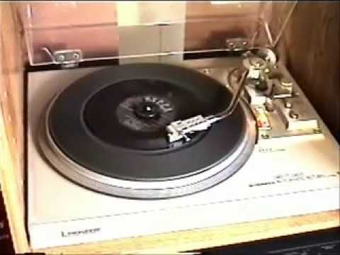 """The Weavers - """"On Top Of Old Smoky"""" (1951) - 45rpm  1951 Top 20 Hits"""