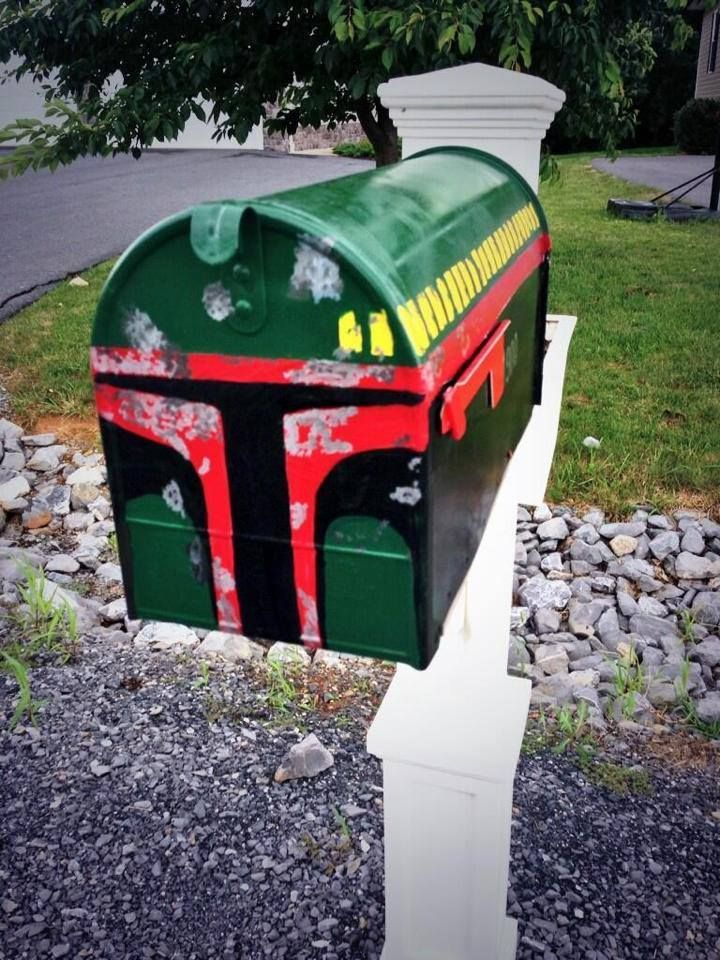 Boba Fett Mail Box  I wonder if my HOA would let me get away with this?