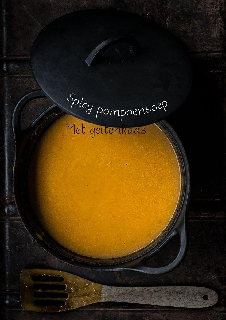 Spicy pompoensoep met geitenkaas