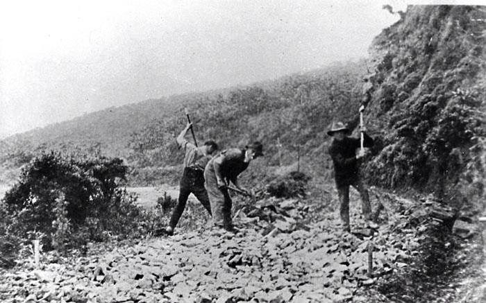 Building the Great Ocean Road post WW1