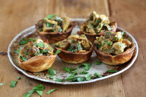 Moroccan Chicken and Raisin Tartlets - Maggie Beer