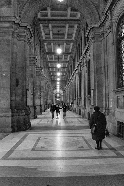 Sotto i Portici di Piazza della Repubblica, Firenze