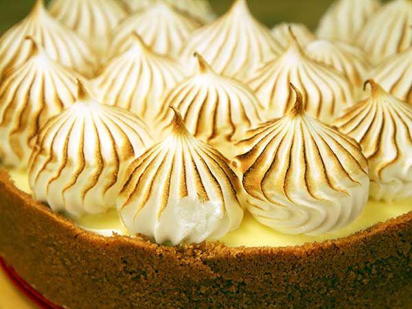 Lemon meringue cheesecake | Recept.nu
