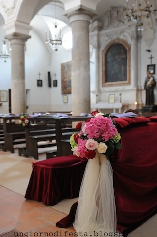 chiesa. Umbria wedding
