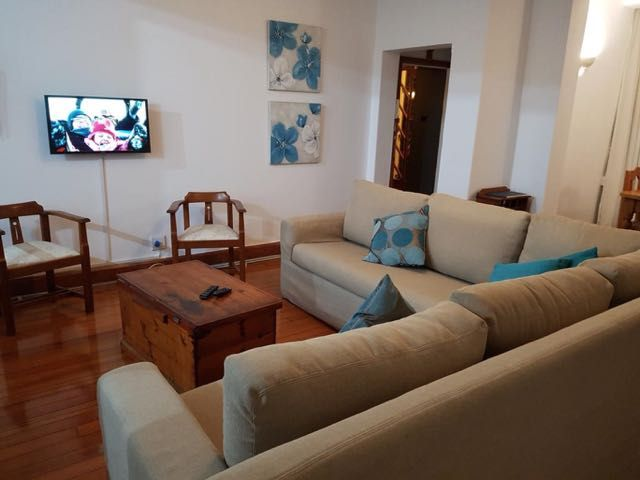 Talyllyn #1 is a Self-Catering apartment (Sleeps 4) just off Florida Road - the vibiest road in Durban - with a great selection of restaurants and clubs and central to many popular destinations including the ICC, Beachfront - Ushaka, Moses Mabida Stadium, Greyville Race Course, Kings Park Rugby Stadium, Durban Central and many more.