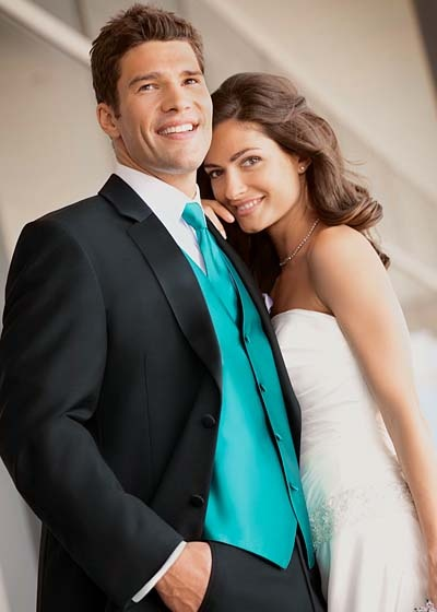Calvin Klein Radnor Tuxedo Rental For Grooms Available At Alexanders Tuxedos In Bridgeport CT