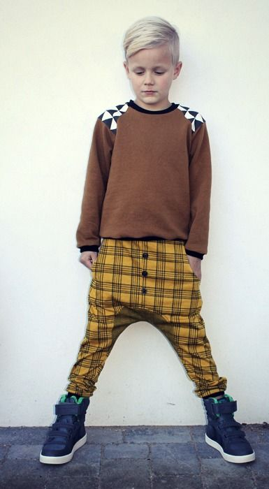 """via """"Groovybaby....and mama"""" blog // handmade sweatshirt with triangles and plaid pants for the KCWC (Kids Clothes Week Challenge)"""