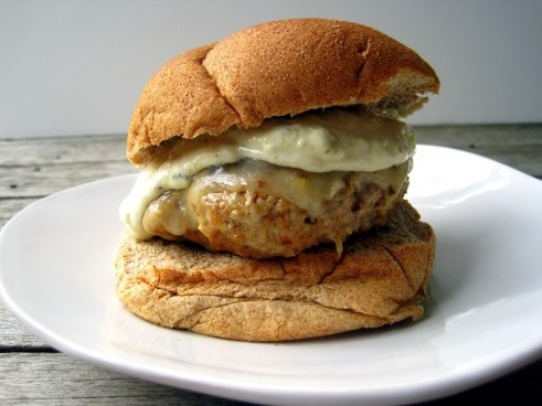 Spicy Pork and Chorizo Burgers with Green Chile MayoFavorite Burgers, Chorizo Burgers, Food,  Beigel, Green Chile, Chile Mayo, Favorite Recipe, Spicy Pork Burgers, Juicy Burgers