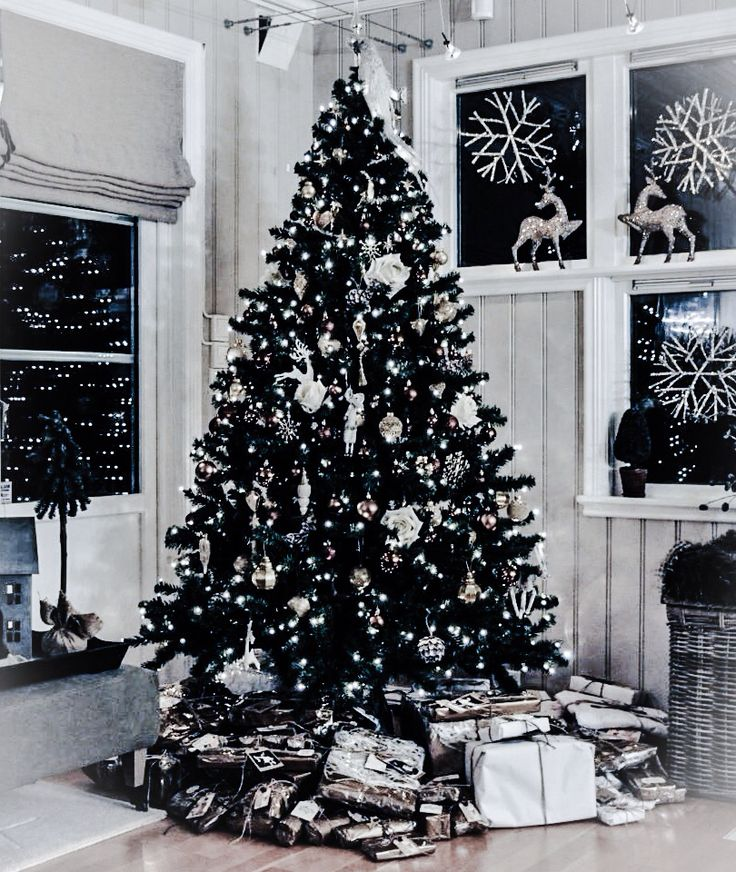 Christmas tree. Styling by Nina Therese Oppedal, Norway.