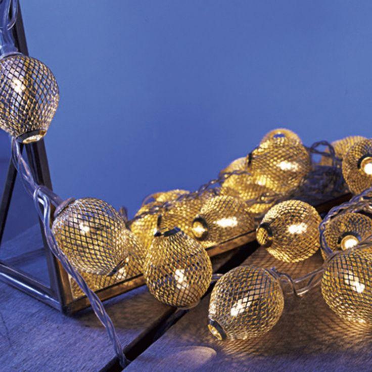 Guirlande Ronde dorée scintillante - De sa chaleureuse lumière dorée, elle illumine voter intérieur - 19,95 €