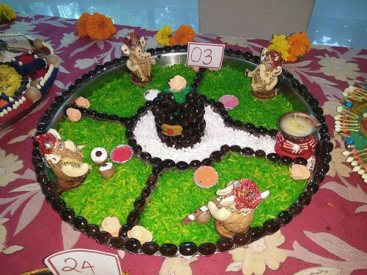 40 best designer haldi kumkum images on pinterest for Aarti dish decoration