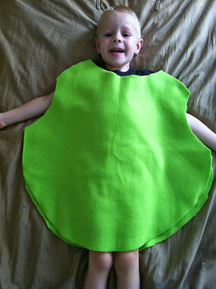 I made his Mike Wazowski costume basically exactly like I made the Angry Bird costume for Maggie.