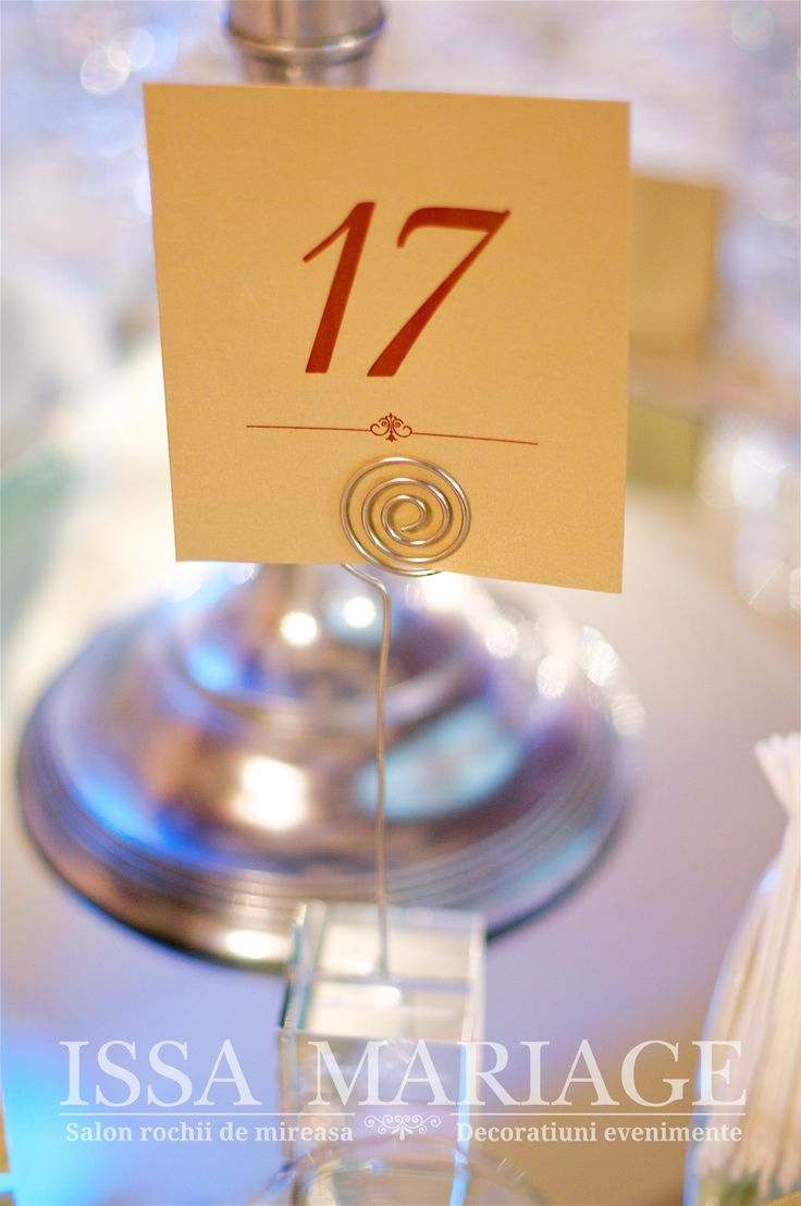 Aranjament botez sfesnic inox si suport numar masa IssaEvents 2017