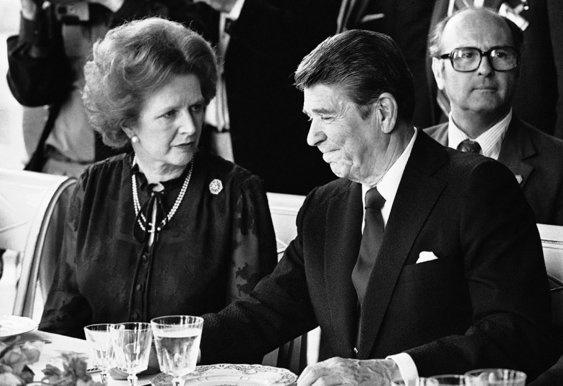 DAMA DE FERRO - Morre ex-primeira-ministra britânica Margaret Thatcher
