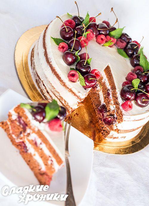 Умопомрачительный торт с черешней, шоколадом и кремом из маскарпоне