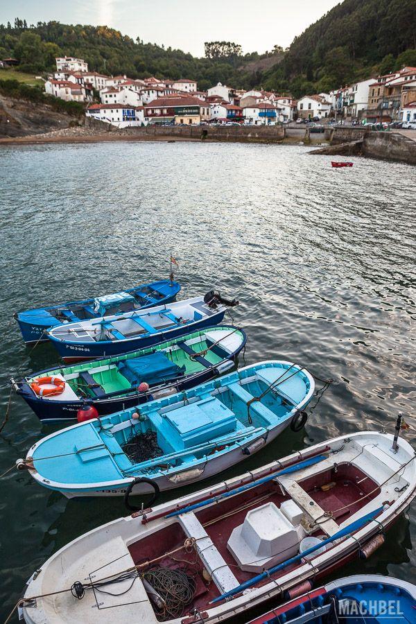 Puerto y bahía de Tazones