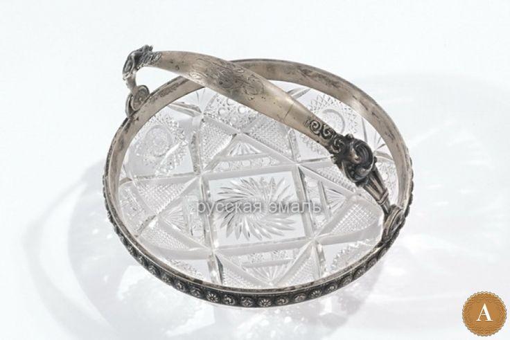 Ваза хрустальная в серебряной оправе в стиле модерн