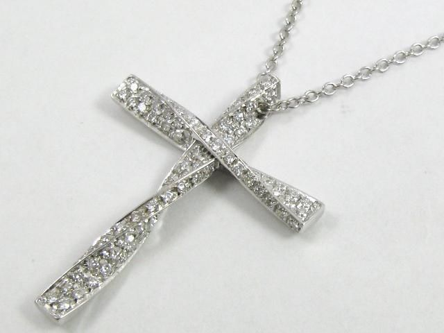 Auth Damiani 18k White Gold Diamond Cross Necklace
