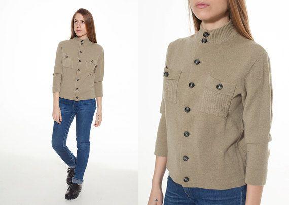 Cardigan donna di lana con collo alto  color pistacchio chiaro taglia M Maglione avvitata vintage anni 70 con manica a 3/4