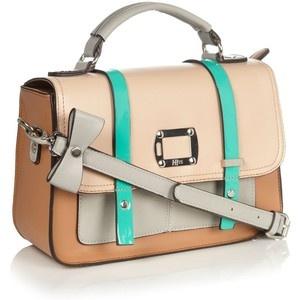Lovin this Debenhams bag <3 WAAAANT!